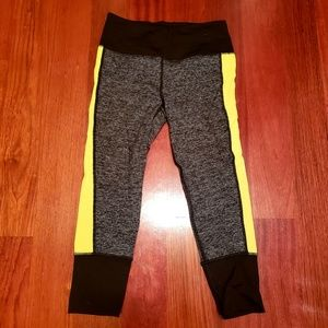 Nwot Vsx victoria secret sport capri leggings